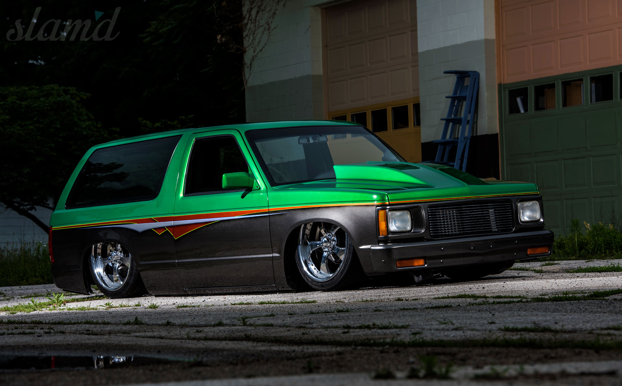Brotherly Duo: Bodyshop Built SRT-10 & S10 Blazer – Slam'd Mag